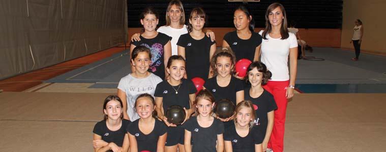 Ayamendi  Kluba:    balioetan  oinarritutako  gimnasia  erritmikoa