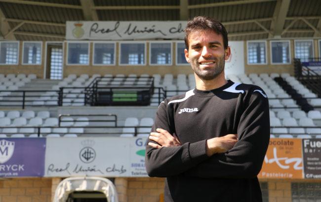 """Javier  Garrido,  Real  Unioneko  futbolaria:""""Guztion  artean  taldea  aurrera  atera  behar  dugu  eta  partiduak  irabazten  hasi  behar  gara"""""""