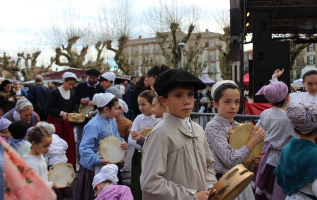 Eguraldiaren  bi  aurpegiak  Santo  Tomas  egunean