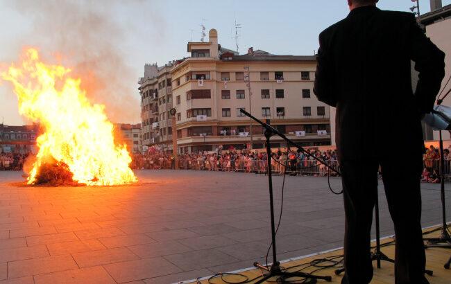San Juan gaua: hiriko jaiei hasiera ematen dien gau magikoa