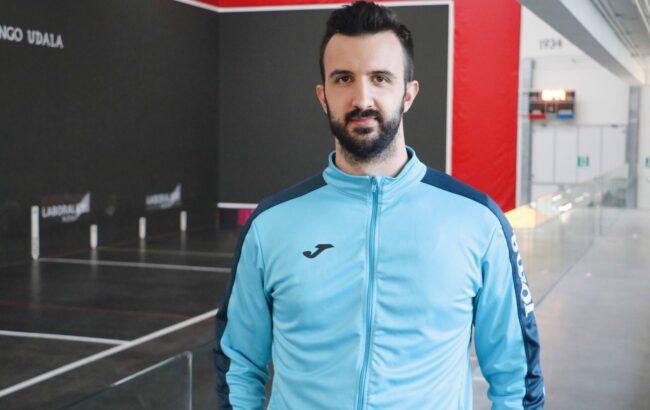 """Joseba Zabala, Ilcapo Hondarribiako jokalaria: """"Gure intentzioa partidu guztiak irabaztea da, lehenbailehen finalera iristeko"""""""